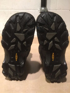 Women's Keen Dry Hiking Boots Size 6.5 London Ontario image 4