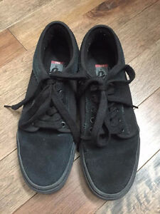 Vans Black Suede Atwood Sneakers - Men's size 8.5
