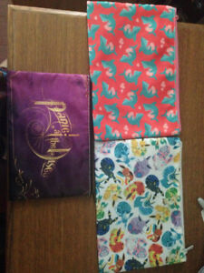 Various zippered bags for sale -Brand new!