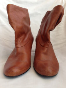 Leather Boots - 8.5 - Steve Madden - used- Very good condition