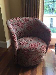 2 x swivel tub chairs - like new