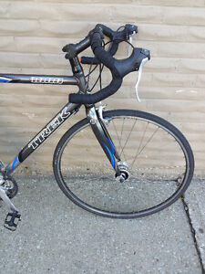 TREK, Carbon fork,Carbon seat post, very light