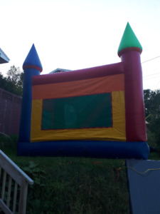 commercial bouncy castle and slide combo