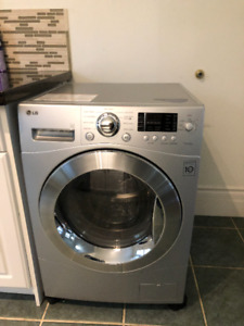 """LG All-in-One Washer Dryer Combo Ventless 24"""""""