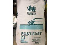 (X4 bags 20kg each) CHEAP FAST SET POST READY MIX CEMENT