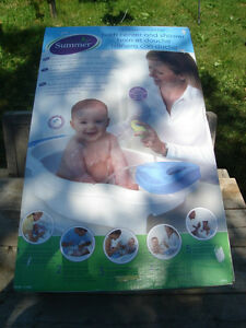 Brand New: Baby Bath Center And Shower