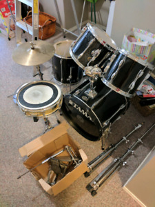 Tama Rockstar Drum Set with everything you need