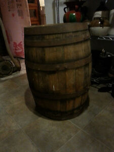 ANTIQUE WHISKEY BARREL ALL ORIGINAL