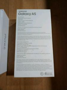 Samsung Galaxy A5 Unlocked BNIB - 32gb