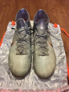 Nike Mercurial Superfly 360 Elite ag-pro (Size US Mens 11)