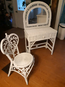 Wicker vanity with chair