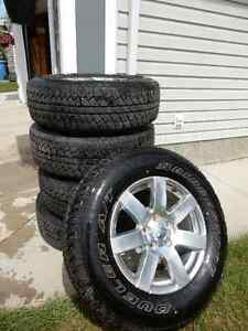 """Jeep Wrangler Unlimited 32"""" Tires and 18"""" Wheels Set of 5"""