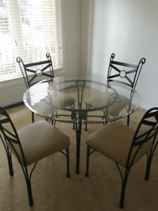 Excellent Dining Set with Hutch