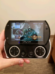 PSP GO in mint condition
