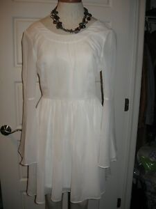 Like new! Charlotte Russe Victorian sleeve white dress sm-med