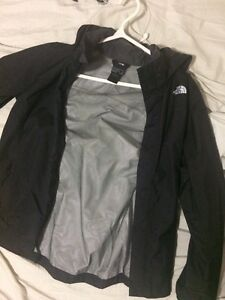 VESTE POLO ET NORTH FACE