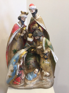 Nativity scene ceramic figurine excellent conditions