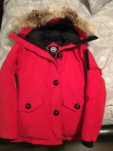 XS Canada Goose- Red