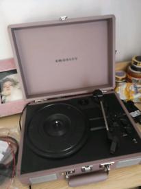 CROSLEY vynil/record player & Bluetooth speaker