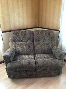Causeuse et fauteuil ( lazyboy )
