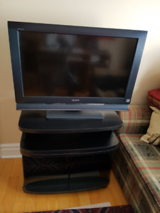 "SONY TV - SONY BRAVIA LCD DIGITAL COLOR TV 32"" with TV STAND !"