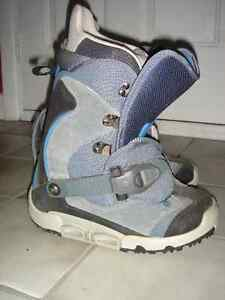 Burton Snowboard Boots-Women's London Ontario image 2