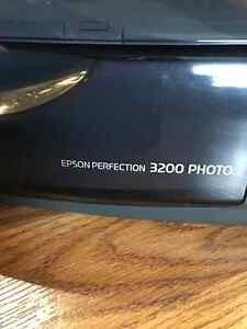 Epson Perfection 3200 Photo Flatbed Scanner