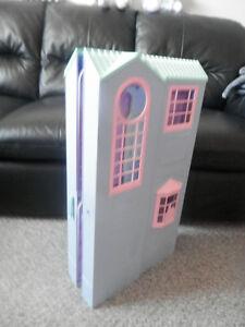 Fold Up Barbie House Windsor Region Ontario image 5