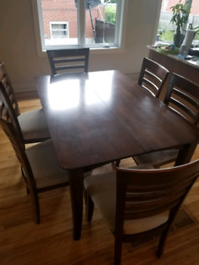Dining table BOIS MASSIF with 6 chairs