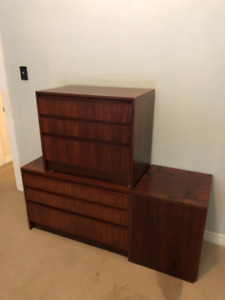 Midcentury Rosewood Dresser Set in GOOD condition for SALE!