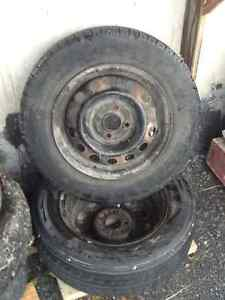 Two factory Honda civic rims. 14 inch rim Cornwall Ontario image 1