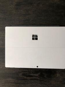 Microsoft Surface Pro (5th Generation)