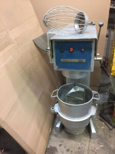 Dough mixer 30qt for restaurants