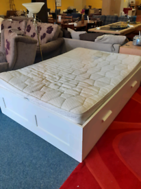 Dorlux Double bed with 2 drawers