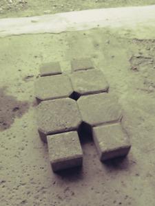 Interlock landscaping stones for sale $1.25 stone