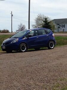 2010 Honda Fit - Cheap and Reliable!