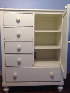 Lexington 2 piece infant bedroom chests/Coffres de 2 pièces pour West Island Greater Montréal image 3