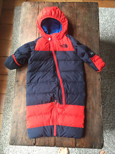 THE NORTH FACE down-filled infant Snowsuit 3-6m