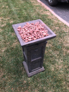 Outdoor Patio Tower Style Fireplace - New