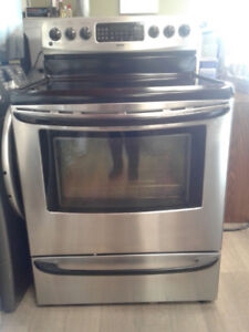 """STOVE KENMORE CONVETION STANLESS S GLASS TOP 30"""""""