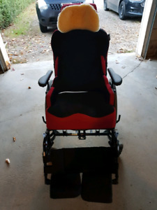 Tilt/cushioned wheelchair