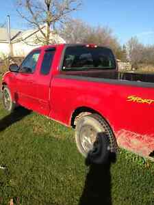 2001 Ford F-150 Sport Pickup Truck London Ontario image 7