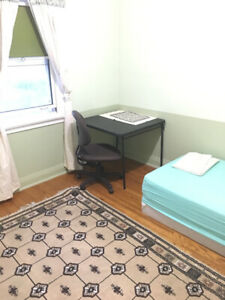 Private rooms, close to subways, from $620