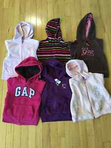 Girl's Size 4/4T Fall/Winter Clothing