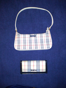 1b283568e673 (NEW Never Used) - Genuine Burberry Purse w Wallet  200.00