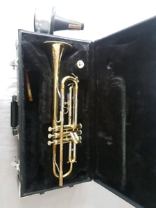 Trumpet, includes case, mouthpiece, and mute