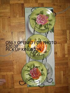 Decorative Plates Kingston Kingston Area image 1