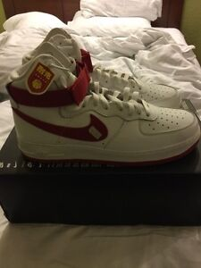 "DS Nike Air Force 1 white and Red ""nai ke"" size 11  Cambridge Kitchener Area image 3"