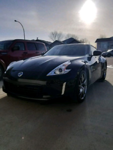 Nissan 370z sport touring