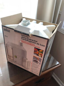Braun Deluxe Juice Extractor MP 80 with automatic pulp ejection